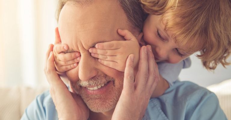Parenting Your Aging Parents: How to Ensure They're Comfortable & Content