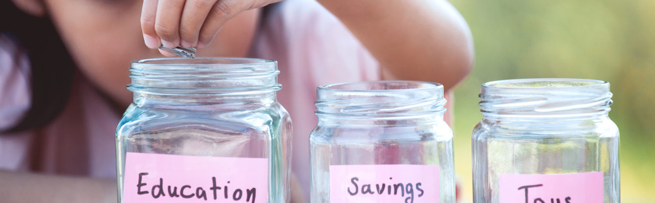 8 Ways to Teach Your Kids About Money